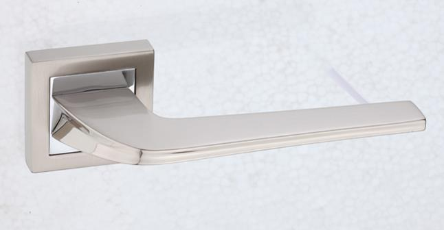5000SR05 - Square Rose Lever Handle - Madrid