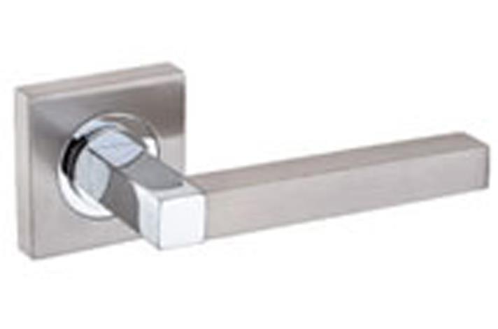 5000SR10 - Square Rose Lever Handle - Stockholm