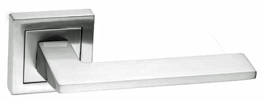 700SR13 - Residential Door Furniture